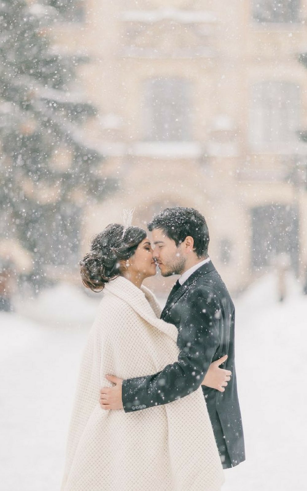 Fairytale winter wedding | winter wedding inspiration | budget wedding inspiration