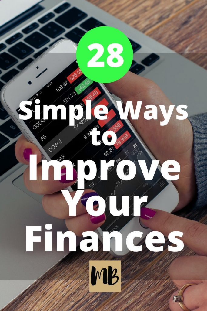 28 Simple Ways to Improve Your Finances This Year | #personalfinance #savingmoney #moneymanagement #getoutofdebt