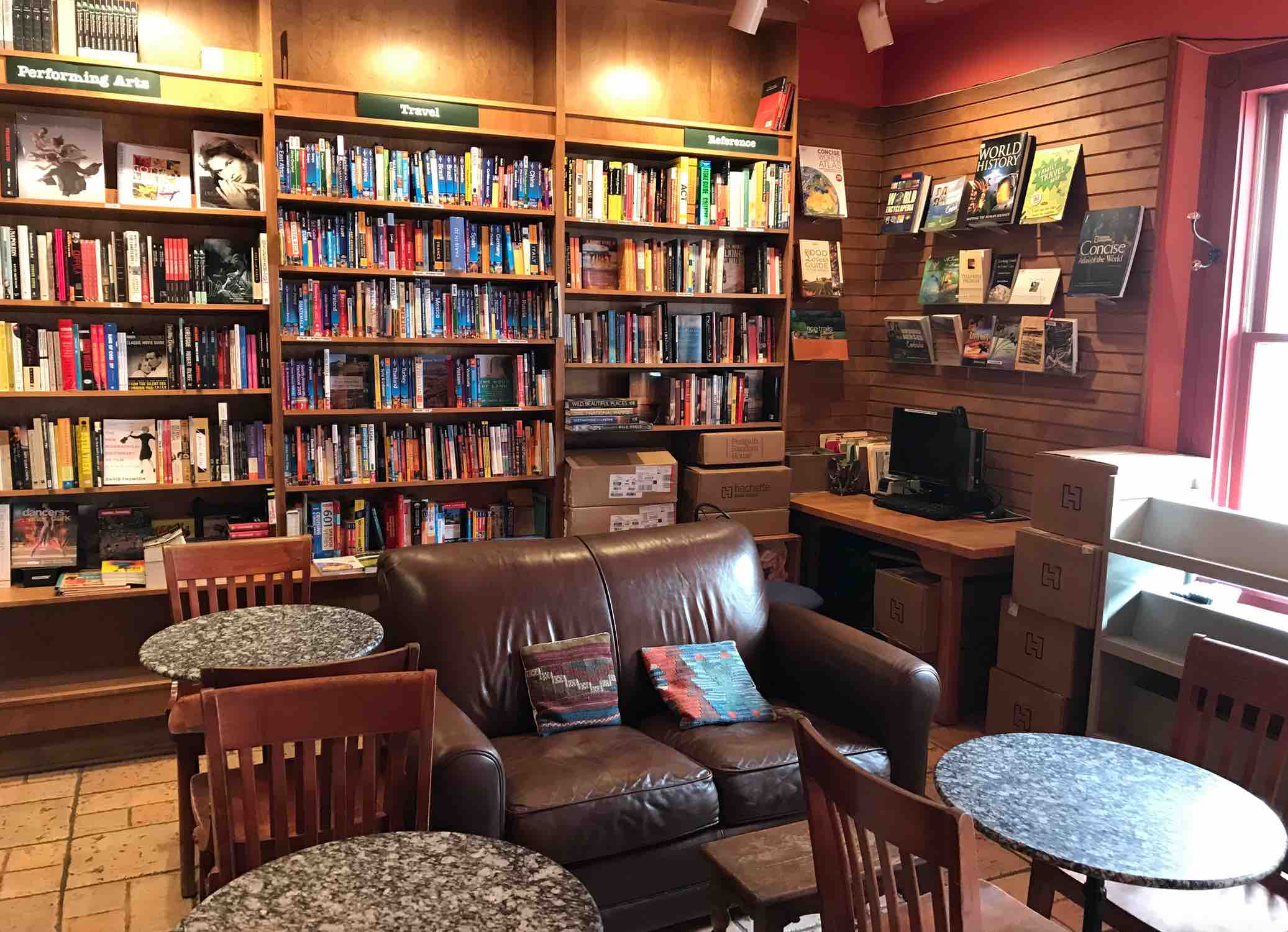 between-covers-bookstore