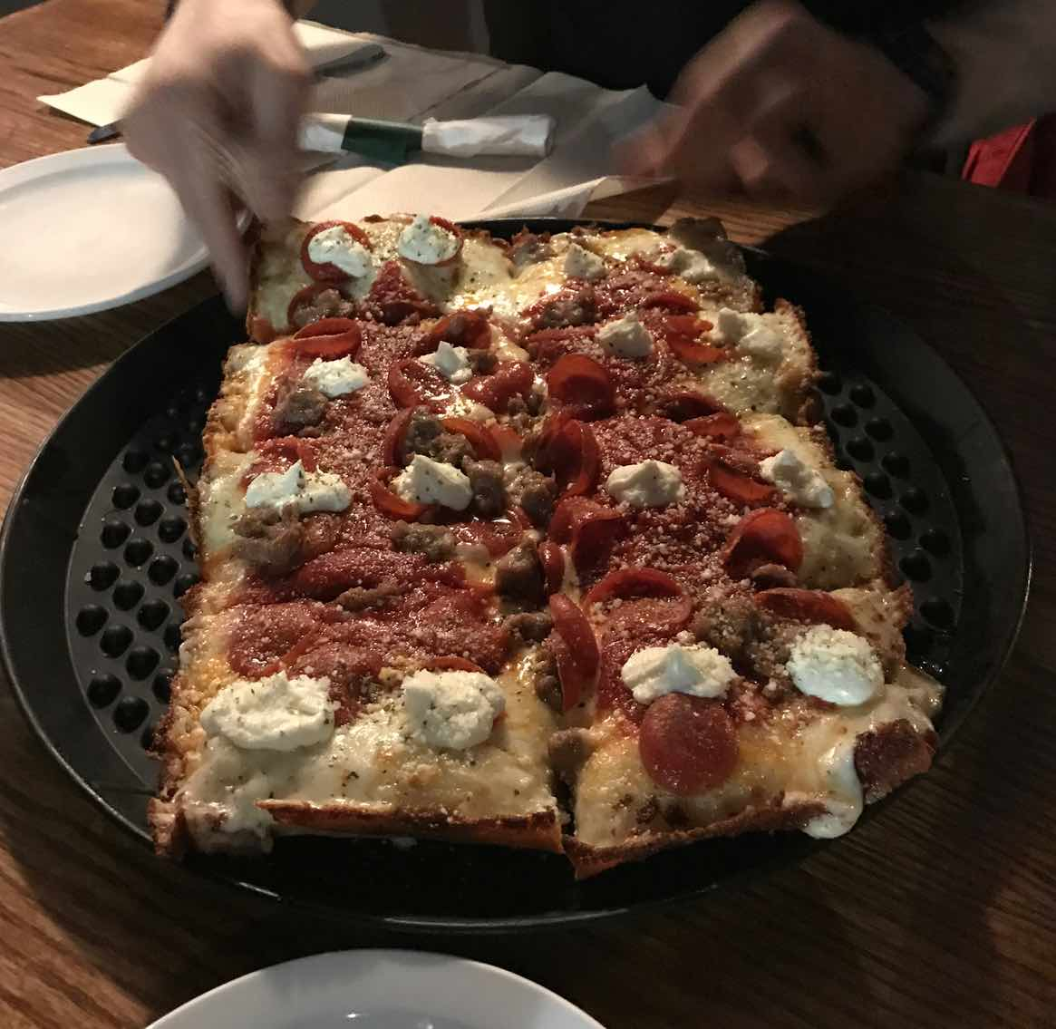 great-pizza-brown-dog-telluride