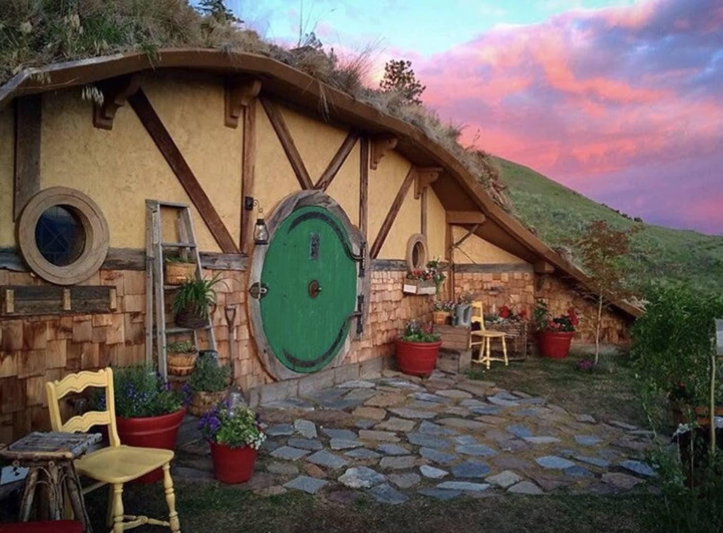 unique airbnb properties
