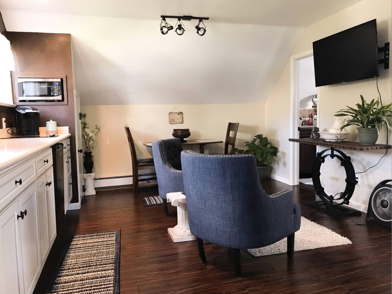 airbnb Laramie wyoming