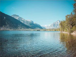 lake-mcdonald-glacier-national-park-cabin