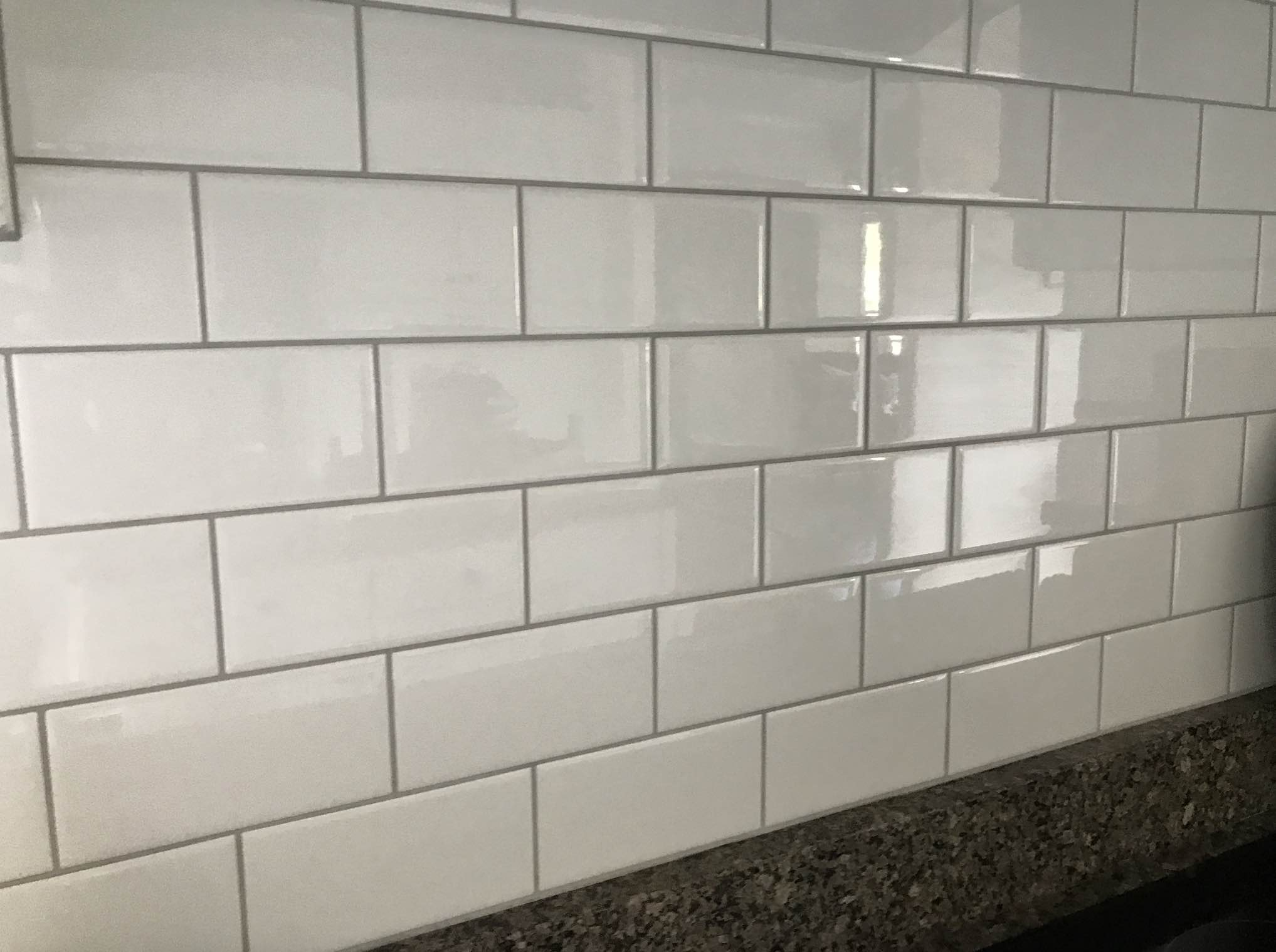 platinum grout on white subway tile | kitchen makeover