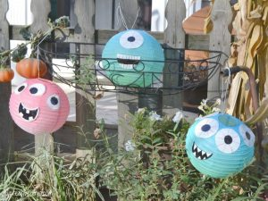 11 Cheap Halloween Decorations You Can DIY