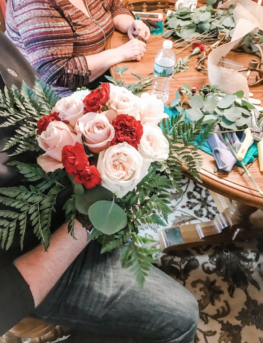how to arrange brides bouquet