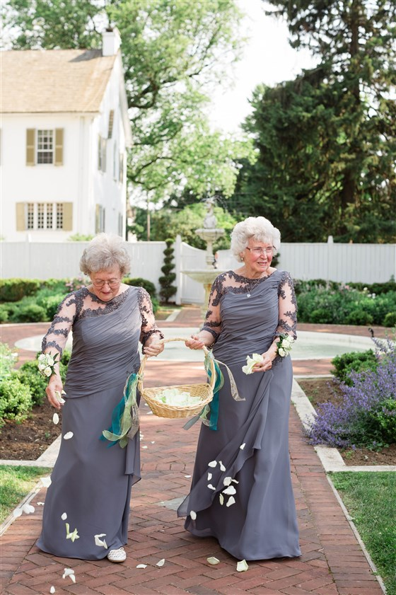 brides who chose non traditional wedding ideas