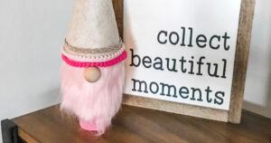 pink-faux-fur-gnome