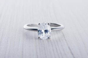 alternative engagement ring oval